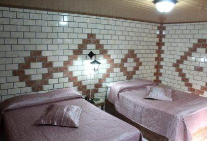 Habitación de 2 Camas Dobles (Tipo Standard)