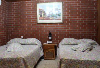 Habitación de 2 camas dobles (Tipo Superior)